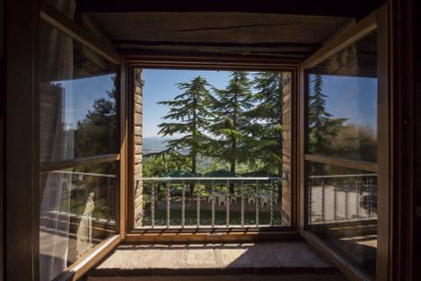 Stylowe i ciepłe – ekskluzywne okna dla najbardziej wymagających