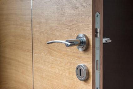 Jak chronić mieszkanie przed włamaniem?